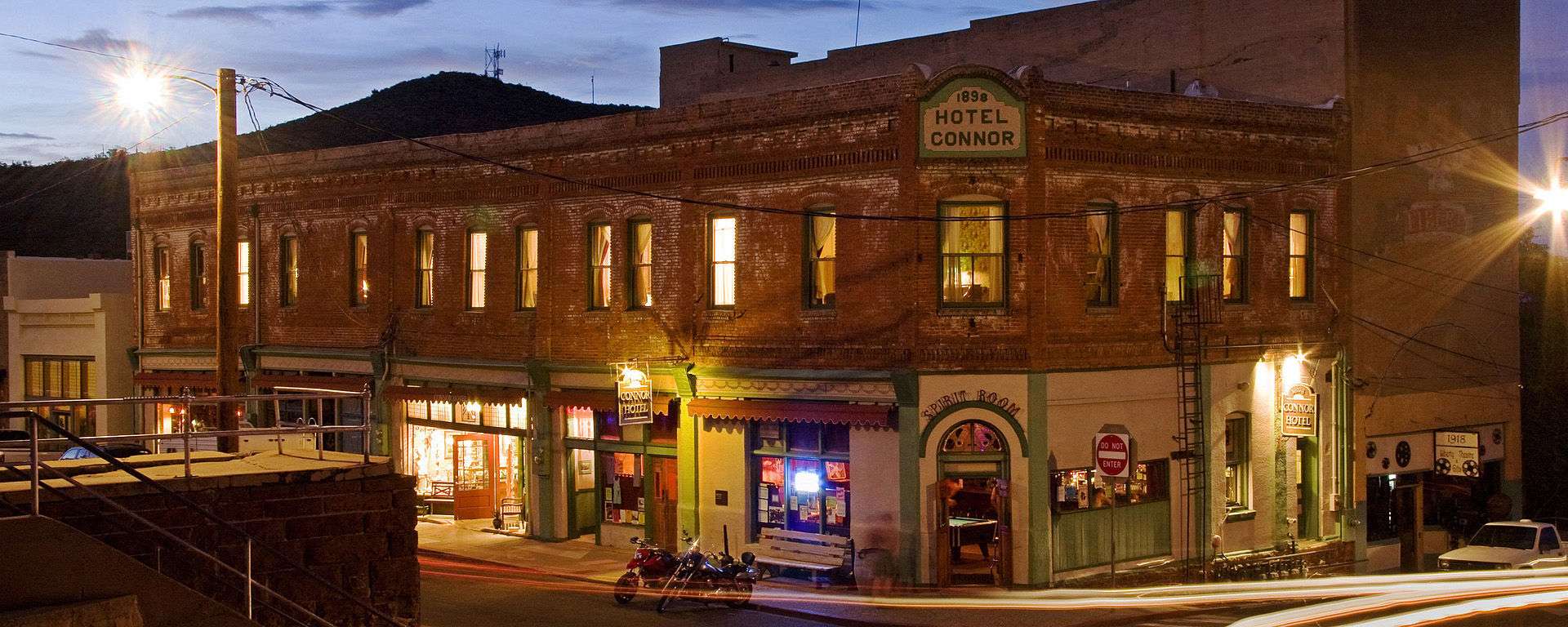 exterior photograph of the connor hotel in jerome arizona by ron chilston